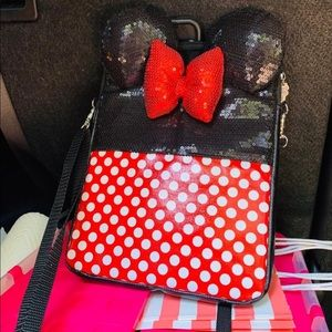 Official Disney land cross body large size!